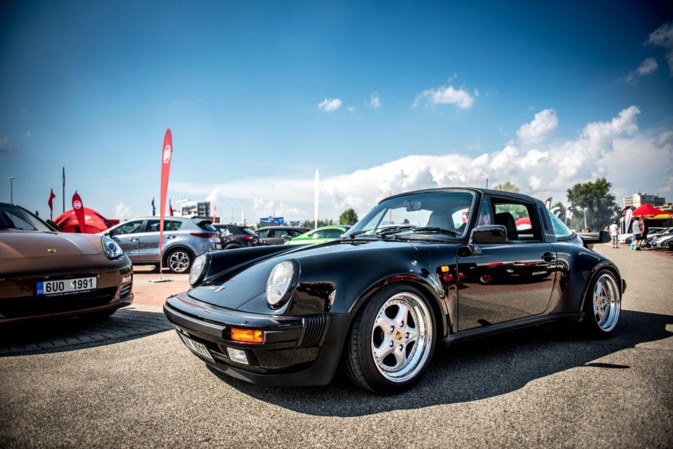 Sraz Porsche naEscape6 Prague Car Festivalu