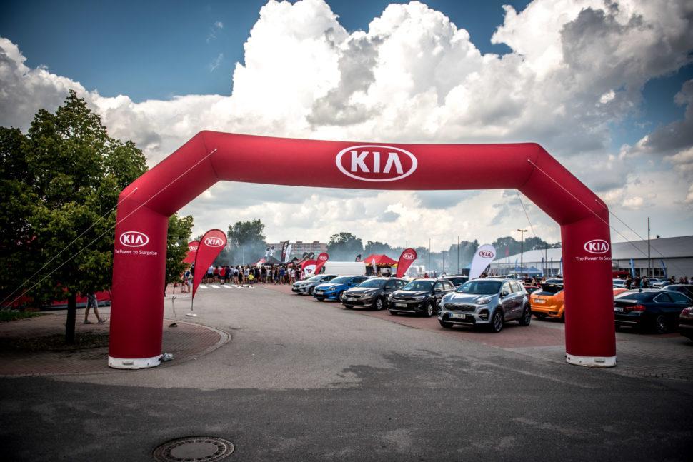 Testovací jízdy na Escape6 Prague Car Festivalu